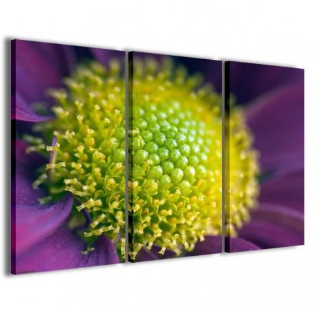Green Macro Flower 120x90 - 1